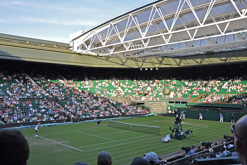 Wimbledon, Centre Court, 2010; Urheber: Albert Lee; Quelle: Wikimedia Commons